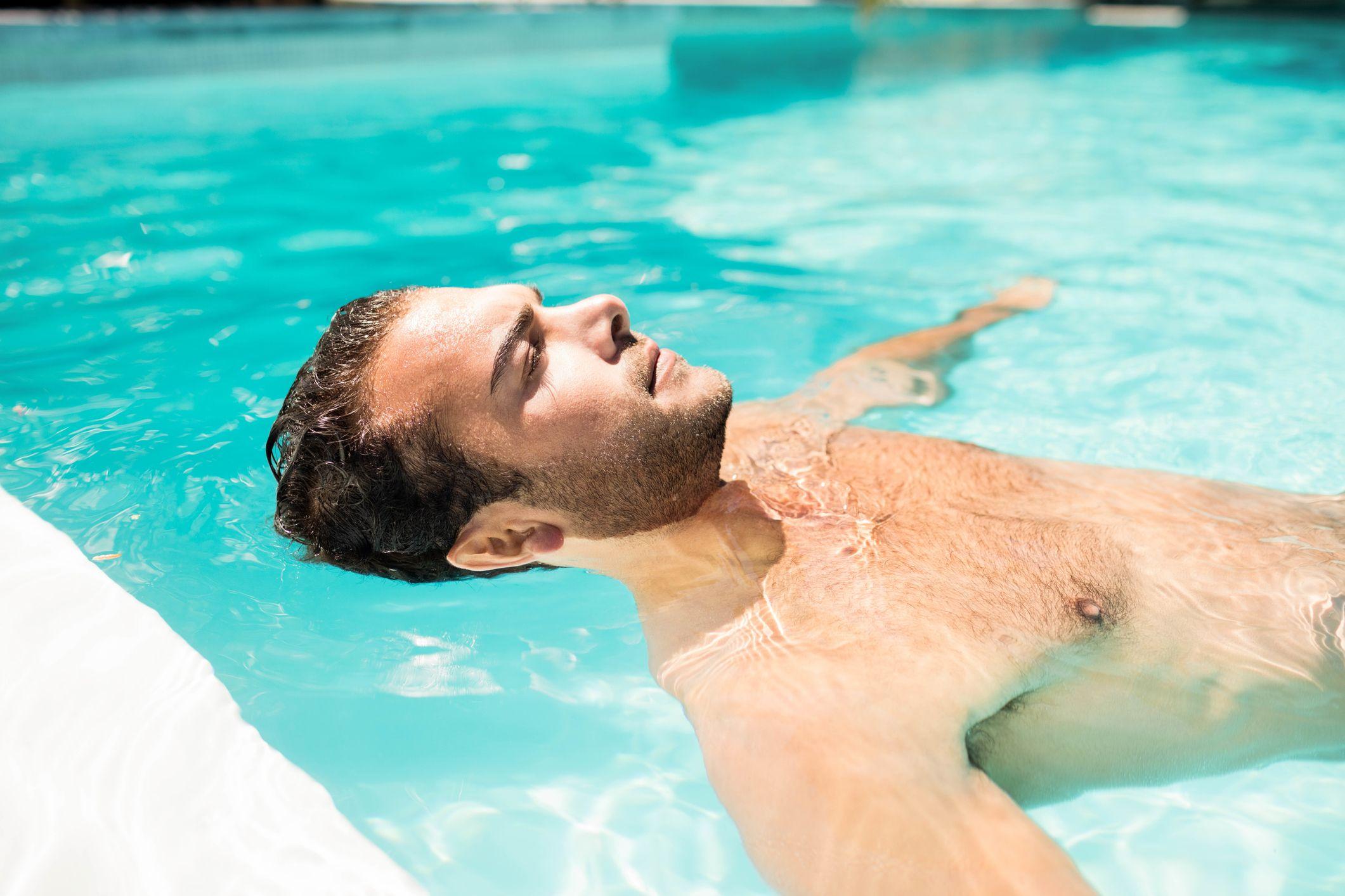 perdida pelo cloro piscina